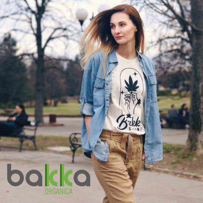 split bakka magic crop ladies ubezhna tochka